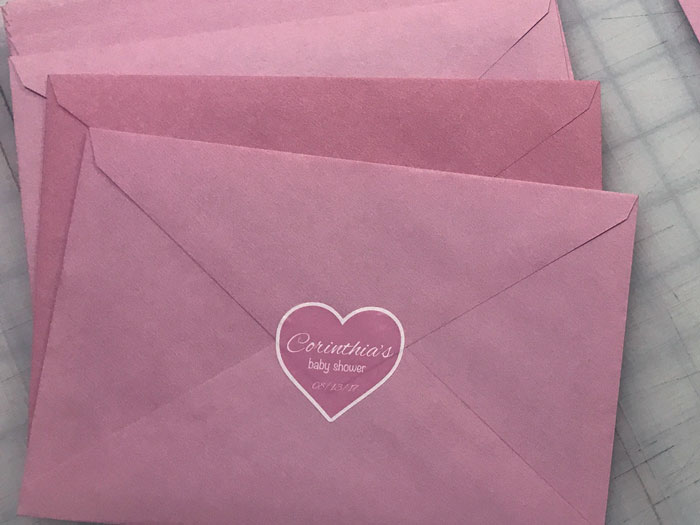 roze koverte