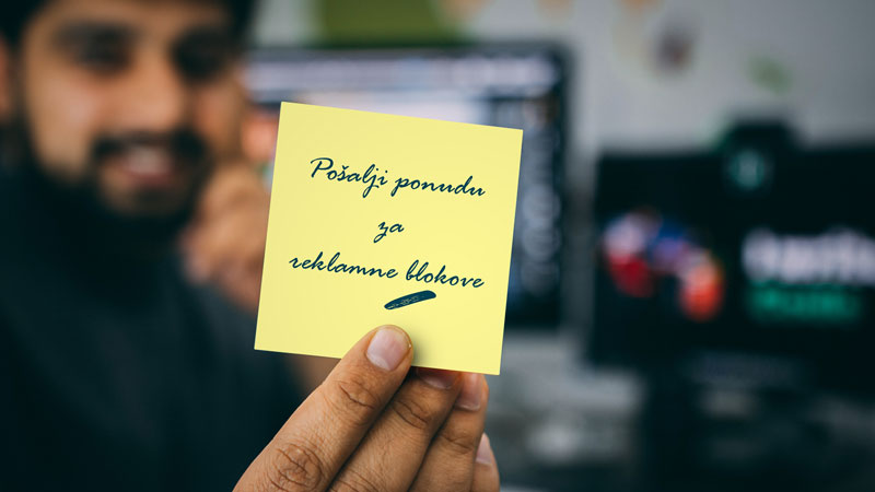 poruka na zutom papiricu